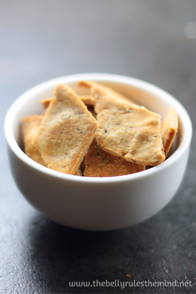 pizza flavored wheat crackers