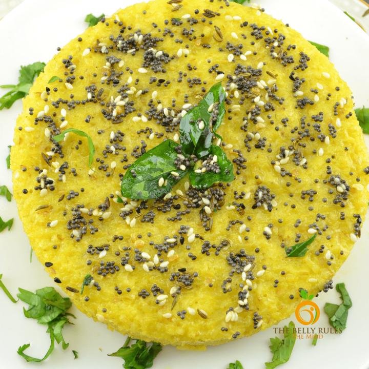 Daliya Dhokla ( Broken Wheat Steamed Savory Cake)