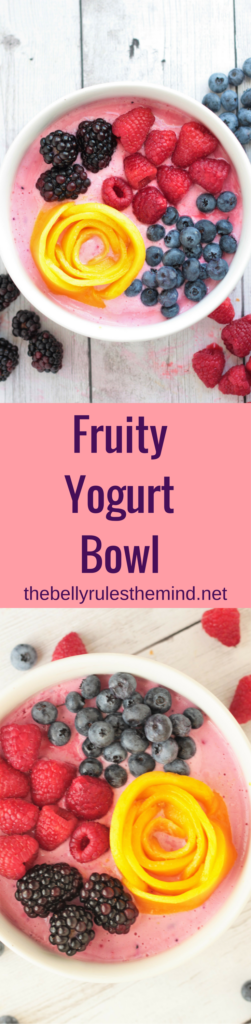 This fruity breakfast yogurt bowl is packed with fresh fruits and double the protein. Enjoy a bowl of goodness and nourish your body with vitamin C, protein & antioxidants. https://www.thebellyrulesthemind.net @bellyrulesdmind