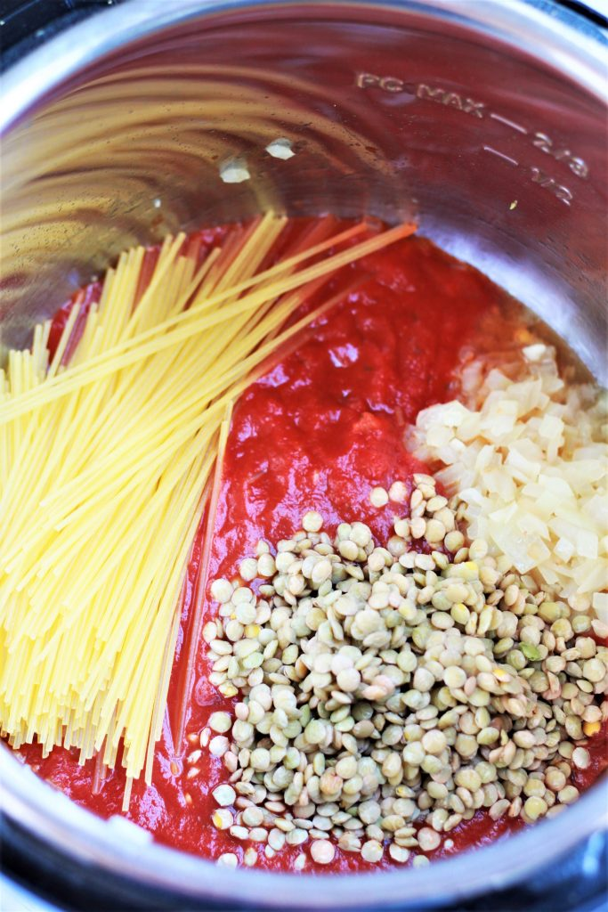 Making vegan spaghetti with lentils in Instant Pot