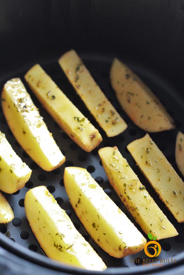 Potato wedges in air fryer