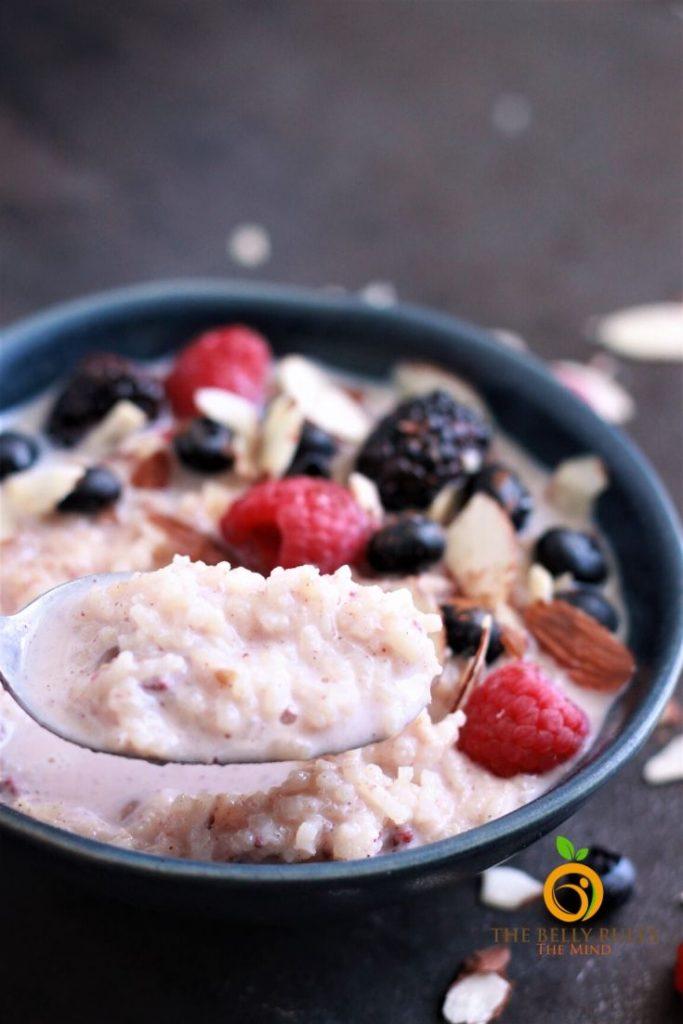 instant pot breakfast rice porridge in a bowl