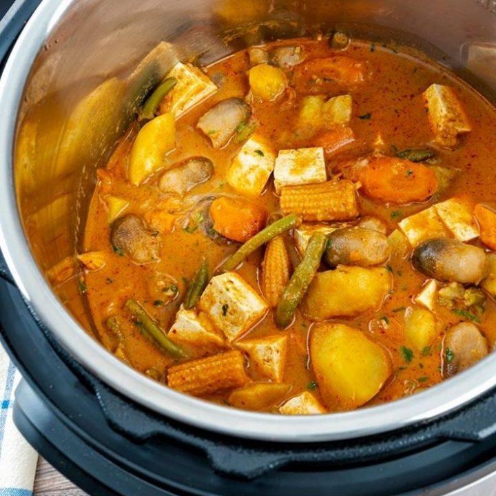 Thai Massaman curry/ massaman curry