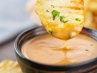 potato chips in air fryer with chic fil a sauce
