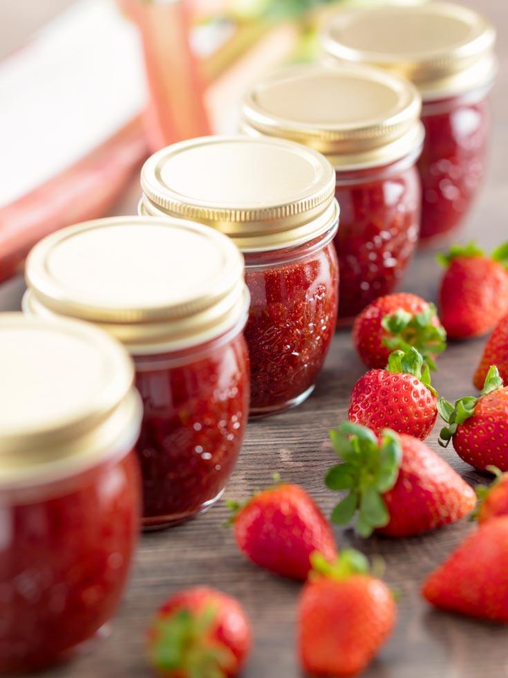 canning strawberry rhubarb jam