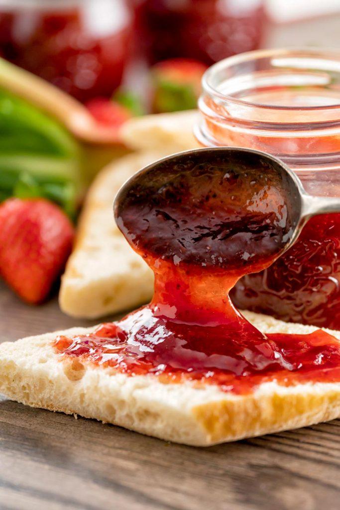how to make strawberry Rhubarb Jam