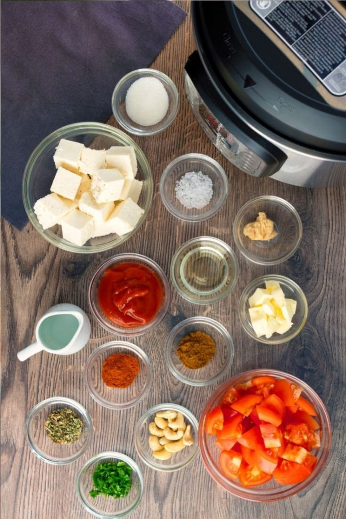 Restaurant Style Butter Paneer / Paneer Makhani